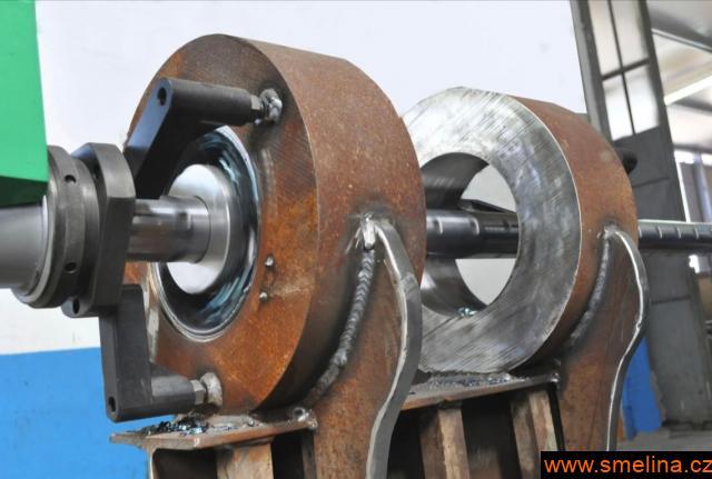 Bimotor renovace , opravy otvorů uložení čepů