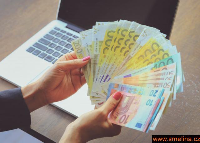 Soukromé půjčky mmfinances